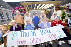 SLIEVE-ROE-HOUSE-thumbs-up-CH06-210721