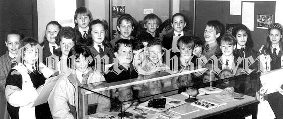 37d7083e-decades-mar-90-dundrum-pupils