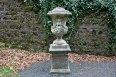 Castlewellan-Arboretum-urn