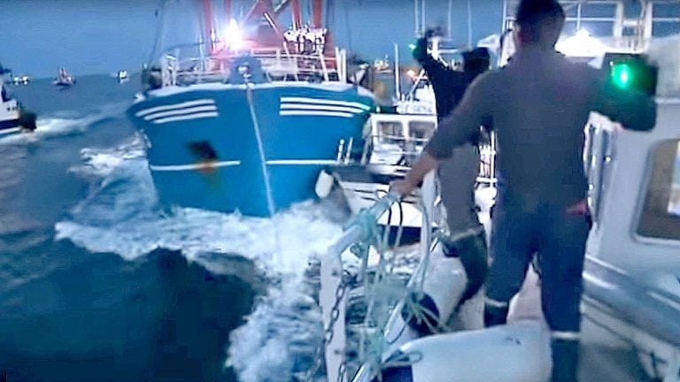 Skipper witnesses frightening scenes in French waters