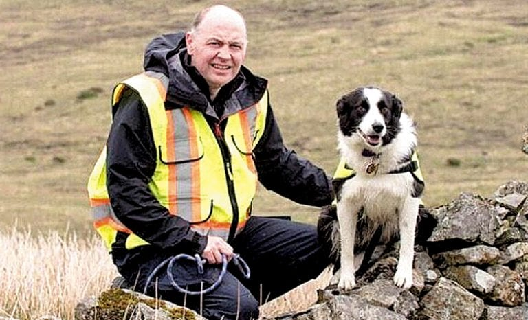 Fantastic Floss is most qualified search dog