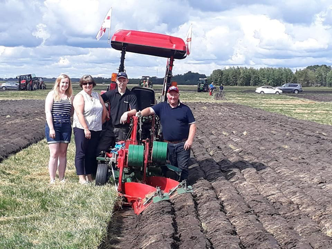 Andrew arrives in USA ahead of World Ploughing Contest