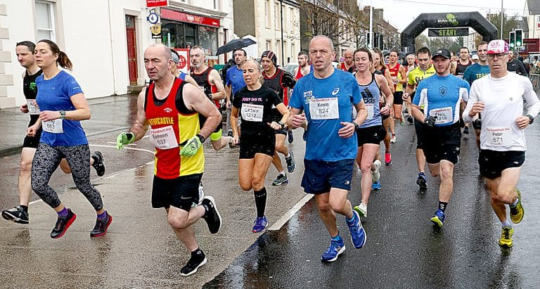Over 1,000 complete Dundrum GR8 Run