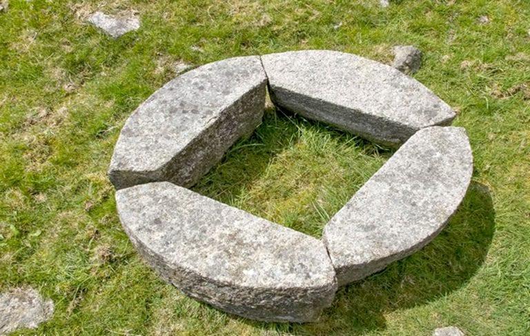 Mourne granite: wanders and wonders
