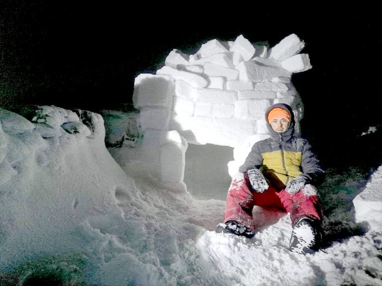 Mourne artist builds igloo on snow-covered Slieve Muck