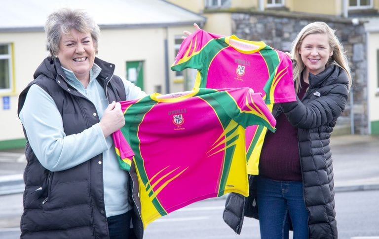 Liatroim camogs show support for Pretty 'n' Pink